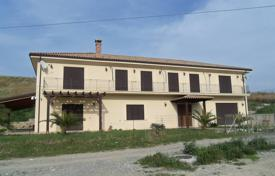Two-level villa with a large garden and sea views, Brancaleone, Calabria, Italy for 600,000 €