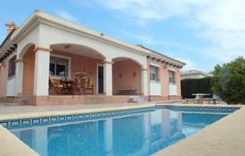 Cheap houses for sale in Los Montesinos. Villa of 3 bedrooms in Los Montesinos