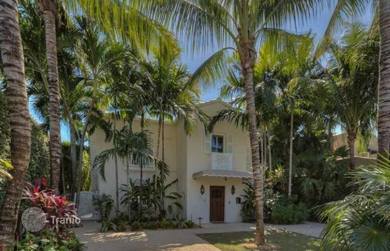 Cottage and guest house with private garden and pool, Bayshore, Miami  Beach, Florida