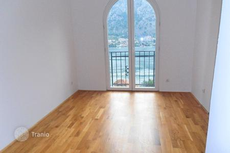 Coastal apartments for sale in Kotor. Apartment – Muo, Kotor, Montenegro