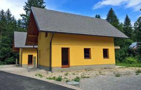 Property for sale in Rateče. Close to new built Planica Nordic Centre, at the beginning of the Planica valley unfinished house with patio of 407 m² for sale