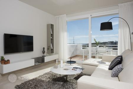 2 bedroom apartments for sale in Estepona. Apartment in a new residence with garden and swimming pool, in Estepona, Malaga, Spain