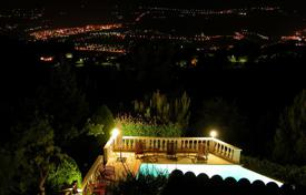 Villas and houses to rent in Nice. Beautiful villa in the Heart of the French Riviera