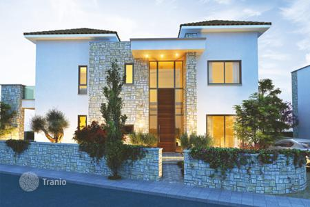 3 bedroom houses by the sea for sale in Paphos. Villa – Universal, Paphos (city), Paphos,  Cyprus