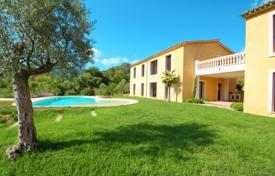 Property for sale in Sa Coma. New villa with a private garden, a pool and a garage, Sa Coma, Spain