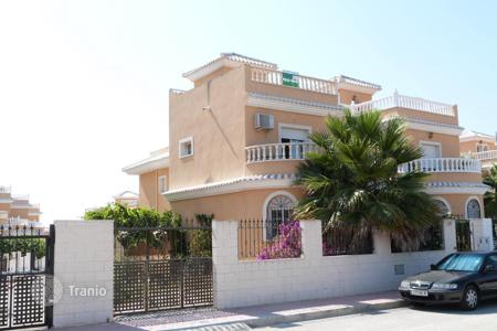 Cheap 3 bedroom houses for sale in Formentera del Segura. Villa - Formentera del Segura, Valencia, Spain