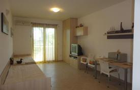 1 bedroom apartments by the sea for sale in Budva (city). Cozy studio with views of the oak grove in Budva