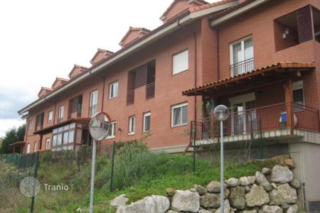 Foreclosed 3 bedroom apartments for sale in Northern Spain. Apartment – Piélagos, Cantabria, Spain