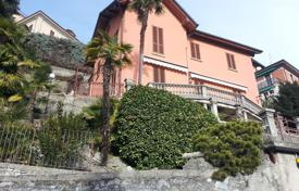 Bank repossessions houses in Lake Como. Lake Como, glamorous villa in Cernobbio with beautiful lake views, Pb 37