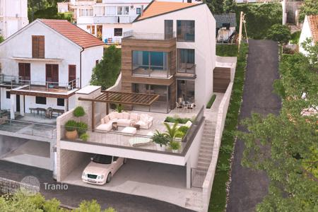 Coastal houses for sale in Kotor. Townhome – Prčanj, Kotor, Montenegro