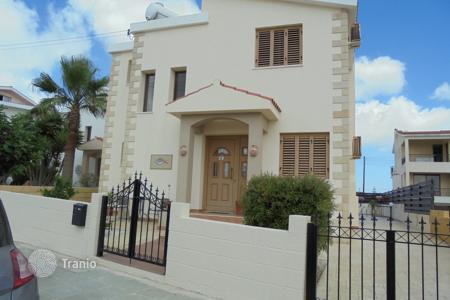 Residential for sale in Koili. 3 Bed Immaculate Detached Koili with Pool