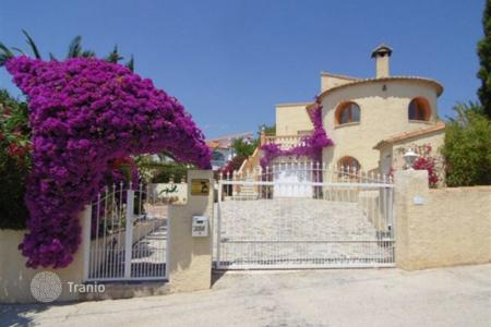 4 bedroom houses for sale in Calpe. Villa – Calpe, Valencia, Spain