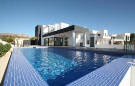 Houses for sale in Calpe. Villa – Calpe, Valencia, Spain