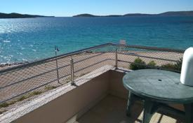 Residential for sale in Sibenik. Penthouse first line to the sea