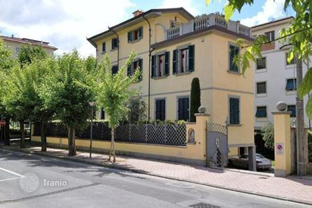Luxury 5 bedroom houses for sale in Tuscany. Villa – Montecatini Terme, Tuscany, Italy