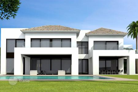 Luxury houses for sale in Estepona. Villa – Estepona, Andalusia, Spain