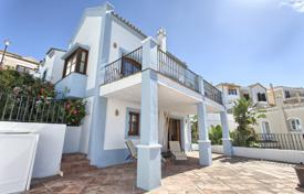 Townhouses for sale in Costa del Sol. Town House for sale in Monte Mayor, Benahavis