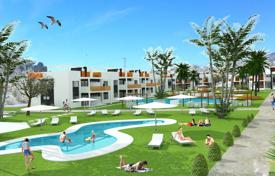 Apartments with pools for sale in Benidorm. Two-bedroom apartment with a garden in a new complex in Benidorm, Alicante, Spain