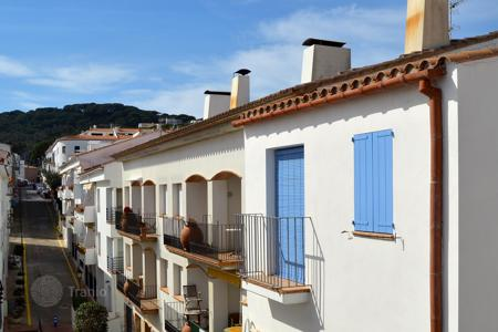 Apartments for sale in Calella de Palafrugell. Apartment - Calella de Palafrugell, Catalonia, Spain