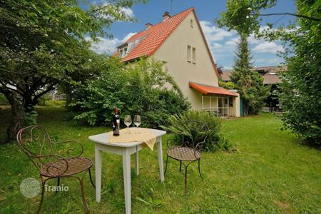 Houses for sale in Bavaria. Cottage in Munich