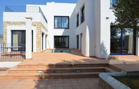 2 bedroom houses for sale in Catalonia. Villa – Costa del Zefir, Catalonia, Spain