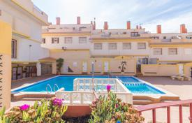 Duplex with a spacious terraces in a residential complex with a pool, Alicante, Spain for 127,000 €