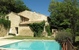 Property for sale in Cucuron. Close to Lourmarin — Former Mas
