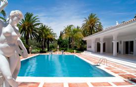 Villas and houses for rent with swimming pools in Spain. Villa – Marbella, Andalusia, Spain