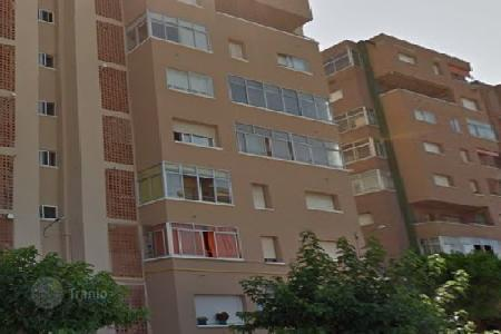 Cheap 3 bedroom apartments for sale in Esparreguera. Apartment – Esparreguera, Catalonia, Spain