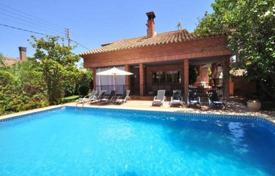 Coastal houses for sale in Costa Dorada. Villa – Cambrils, Catalonia, Spain