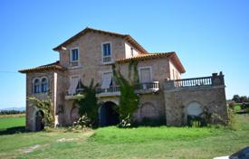 6 bedroom houses for sale in Gerona (city). Noble villa with a terrace close to beaches, Bellcaire d'Emporda, Spain