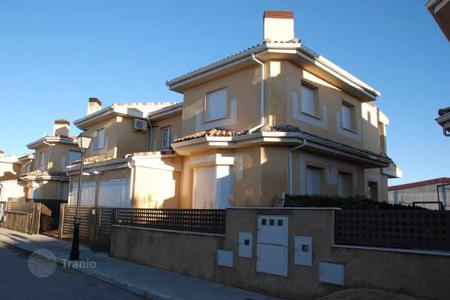 Cheap houses for sale in Castille La Mancha. Villa – Horcajo de Santiago, Castille La Mancha, Spain