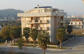 2 bedroom apartments by the sea for sale in Alba Adriatica. Apartments with terraces, private garden and parking in new residential complex, 400 meters from the sea, in Alba Adriatica, Italy