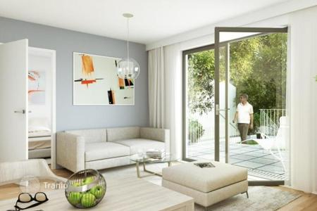 Apartments for sale in Margareten. Modern apartment with a balcony in the new house, Vienna, Austria