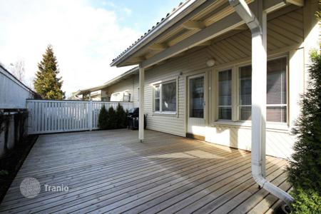 Residential for sale in Finland. Comfortable town house with terrace and garden, Vantaa, Finland