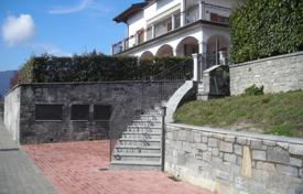 Coastal residential for sale in Arizzano. Apartment – Arizzano, Piedmont, Italy