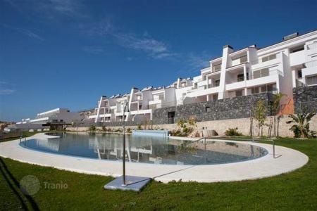 Property for sale in Canary Islands. New two and three bedroom luxury apartments in La Caleta