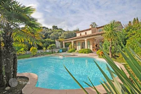 Cheap residential for sale in Biot. Villa – Biot, Côte d'Azur (French Riviera), France
