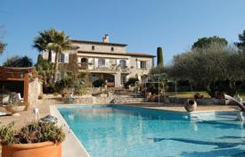 Provencal villa with a garden and a large swimming pool, Mougins, France for 6,000,000 €