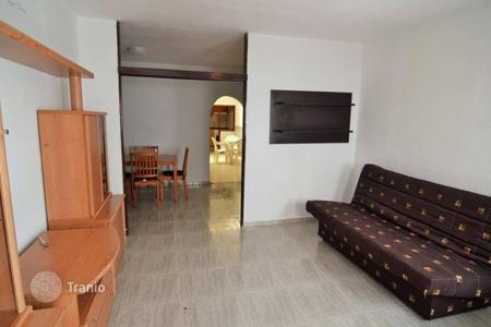 Cheap houses for sale in Canary Islands. Family house in San Fernando