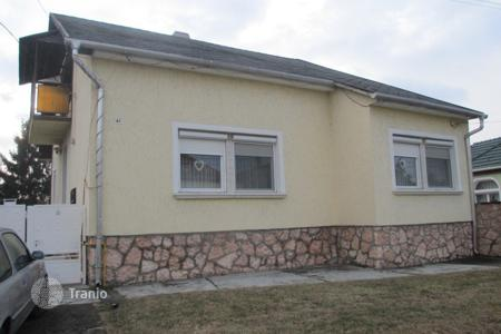 Residential for sale in Komarom-Esztergom. Detached house – Szomód, Komarom-Esztergom, Hungary