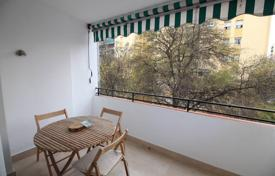 4 bedroom apartments for sale in San Pedro Alcántara. The apartment is located in the center of San Pedro de Alcantara