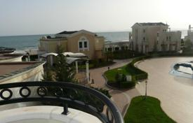 Apartments with pools by the sea for sale in Pomorie. Apartment – Pomorie, Burgas, Bulgaria