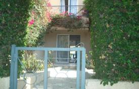 Coastal townhouses for sale in Universal. 2 Bedroom Townhouse — Kato Paphos