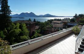 4 bedroom apartments for sale in Piedmont. Italy, Piemont, Baveno. An amazing penthouse with big terraces and a lovely view of the Maggiore lake