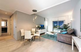 Apartments for sale in Valencia. Apartment in new residential complex on the beach with two swimming pools and green areas, Torrevieja, Spain