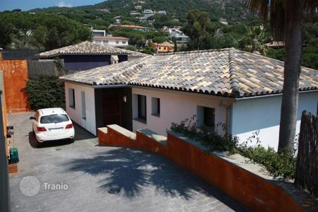 Coastal residential for sale in Cabrils. Villa – Cabrils, Catalonia, Spain