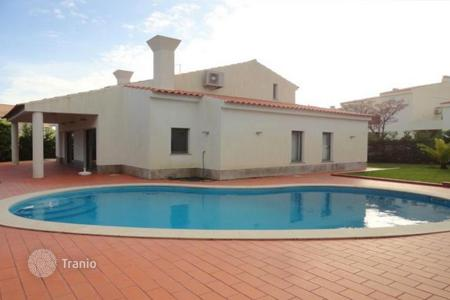 4 bedroom houses for sale in Faro. Villa – Quarteira, Faro, Portugal
