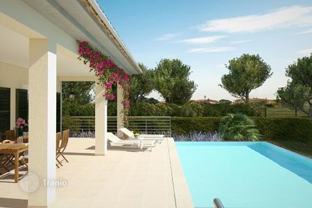 Coastal villas and houses for rent in Majorca (Mallorca). Villa – Alcudia, Balearic Islands, Spain
