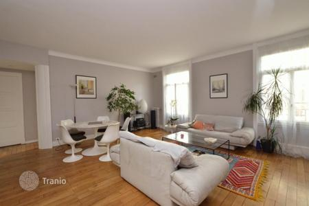 Cheap property for sale in Paris. Paris 16, Exelmans, charming 1 bedroom
